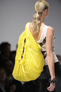 yellow vagina bag.. Not my style but good to laugh at