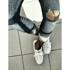 #fashion #fastionstyle #fashionstylist #fashionstyling #style #styling #stylist #instablog #instablogger #outfit #outfitpost #outfitoftheday #ootd #skiny #skinyjeans #jeans #denim #denimtrousers #puma #white #sportshoes #fashionshoes #sneakers #whitesneakers #pumasneakers #tights #fishnettights #fishnetstockings