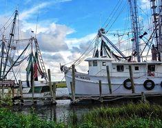 Amber Waves, a shrimping boat. On Saint Helena Island, South Carolina Saint Helena Island, St Helena, Shrimp Boat, Low Country, South Carolina, Sailing Ships, Charleston, Boats, Amber