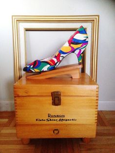 Vintage 1970's 80's Life Stride  Colorful Silk High Heel Pumps Shoes $19.99