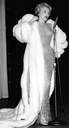 Marlene Dietrich's Swans down coat: Fur Obsession, Marlene Dietrich Fur, Fashion Costumes,