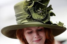 Kentucky Derby Hat 2012 - I could totally ROCK this hat