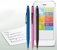 Tech 2 de la marca Cross te permite cambiar rápidamente de la escritura tradicional a la interfaz digital con estilo y rapidez.