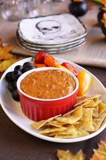 Halloween Recipes : Howling Good Chili Cheese Dip