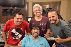 08/11 ♥ Banda AntonioLuiz.com Os Opalas leva o samba rock ao Biroska – A Casa dos Artistas ♥ SP ♥  http://paulabarrozo.blogspot.com.br/2016/11/0811-banda-antonioluizcom-os-opalas.html