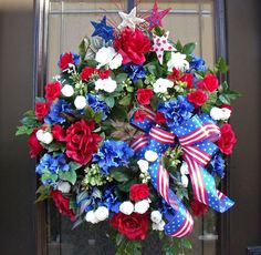 Memorial Day Wreath 4th of July Wreath Patriotic by LuxeWreaths,Love this!!! Bebe'!!!