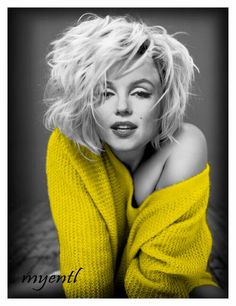 Photography Jobs Online - She looks like she literally just rolled out of bed an. Photography Jobs Online - She looks like she literally just rolled out of bed and shes still drop dead gorgeous.I mean, its not fair at all how stun. Divas, Marilyn Monroe Bild, Marilyn Monroe Bedroom, Marilyn Monroe Portrait, Marilyn Monroe Tattoo, Hollywood Glamour, Old Hollywood, Hollywood Beach, Robert Mapplethorpe