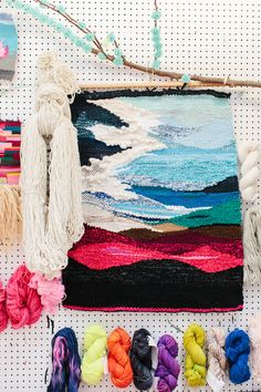 Learn Tapestry Weaving at Koskela from this artist, Natalie Miller, featured on the Design Files. Weaving Wall Hanging, Weaving Art, Loom Weaving, Tapestry Weaving, Hand Weaving, Do It Yourself Baby, Art Textile, Weaving Projects, Tear
