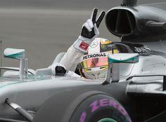 Hamilton coloca pressão em Rosberg e é pole no GP do Canadá. Massa é 8º #globoesporte