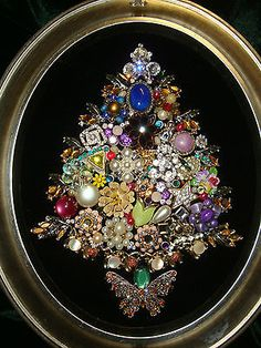 BEAUTIFUL FRAMED JEWELRY CHRISTMAS TREE,Vintage Mix of BLING on ebay