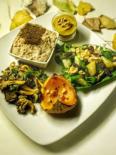 Assiette découvertes saveurs automnales No Salt Recipes, Tempeh, Edamame, Lunches And Dinners, Vegan, Avocado Toast, Zucchini, Chicken, Vegetables