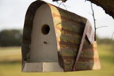 Amish Rustic Bird House- Mailbox-style  Amish Made Bird Feeders and Bird Houses Collection  Youve got mail! Invite smaller songbirds to make your garden their home with this distinctively delightful mailbox bird house! Complete with a single metal roof, a solid wood base and a signature mail flag, this product guarantees years and years of happy birds and beautiful song.  If youve any questions at all about this piece, please dont hesitate to get in touch! Quality Takes Time – Typical Build…