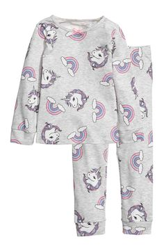 Pyjamas in patterned cotton jersey. Kids Outfits Girls, Little Girl Outfits, Baby Outfits, Cute Outfits, Cute Pajama Sets, Cute Pajamas, Kids Pajamas, Unicorn Fashion, Unicorn Outfit
