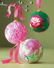 Google Image Result for http://thedecoratingdiva.com/images/holiday-decorating/christmas/horchow-lily-pulitzer-ornaments.jpg