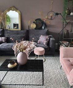 49 Charming Pink Living Room Design Ideas For Your Daughter - There are so many living room design ideas out there that it can be really hard to decide on the right direction to go. Home décor magazines offer ple. Living Room Decor Cozy, Elegant Living Room, Living Room Sets, Living Room Modern, Home Living Room, Living Room Designs, Home Decor Inspiration, Home Interior Design, Decoration