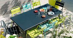 Monceau armchair, outdoor furniture of steel Metal Dining Table, Steel Table, Outdoor Dining, Outdoor Decor, Metal Furniture, Outdoor Furniture Sets, Tole Acier, Laser Cut Steel, Colorful Garden