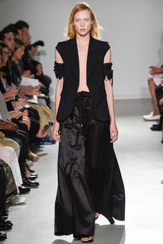 Veronique Branquinho Spring 2015 Ready-to-Wear - Collection - Gallery - Look 1 - Style.com