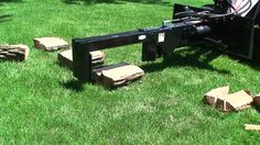 Inverted Log Splitter Skid Steer Attachment - Triple S Attachments Skid Steer Attachments, Tractor Attachments, Log Splitter, Kubota, Metal Fabrication, Cool Tools, Tractors, Fire Wood, Wood Cutting