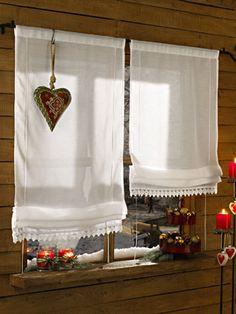 Romantische Hütte in den Bergen: Vorhänge