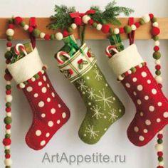 Moldes gratis para hacer botas navideñas de fieltro04                                                                                                                                                                                 Más