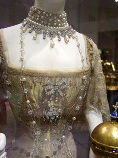 Queen Maud of Norway, detail of coronation gown, 1906. Vernon and Silkehuset, 1906