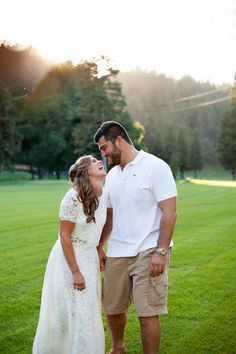 Pittsburgh Steeler David DeCastro's Wedding: http://www.stylemepretty.com/california-weddings/st-helena/2015/10/19/romantic-traditional-pittsburgh-steeler-wedding-at-meadowood-napa-valley/ | Photography: Julie Kay Kelly - http://www.juliekaykelly.com/