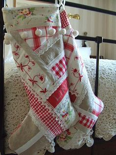 Christmas stocking... So cute! Hmmm...could do this with the old red and white quilts from the girls' beds.