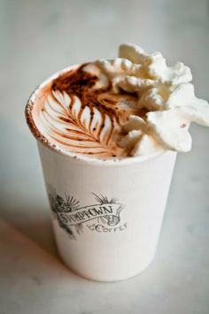 """Cafeteria Bar Teteria """"LAs FAROLAs"""": El café debe ser como el amor, fuerte, caliente y ..."""