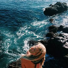 bambifairy:  silky-sand:  beachy-mermaids:  summer blog with beauty and fitness posts ~!  Boho ⌖ Indie  ☺