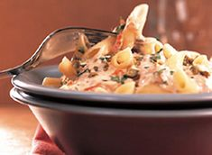 Penne with Smoked Salmon and Cream Cheese (Cooking Club Size) recipe Salmon Recipes, Fish Recipes, Seafood Recipes, Cream Cheese Pasta, Cream Cheese Recipes, Risotto Recipes, Pasta Recipes, Cooking Recipes, Best Italian Recipes