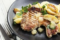 For a satisfying supper, try this GERD friendly recipe apple pie pork chops.