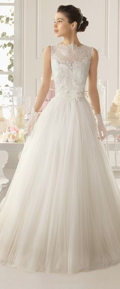 robe de mariée magnifique 187 et plus encore sur www.robe2mariage.eu