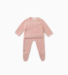http://www.zara.com/us/en/kids/mini- -newborn-12-months/outfits---romper-suits-c760004.html