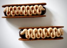 L'article FINGERS PÉCAN CHOCOLAT est apparu en premier sur Momo Le Meilleur Patissier.