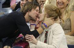 Keith Urban Photo - Nicole Kidman and Keith Urban Kiss at the US Open