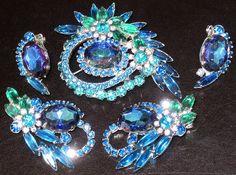 JULIANA Blue Heliptrope Rhinestone Pin 2 Pairs Earrings Set  mommylovesmichaela (seller) ebay.com