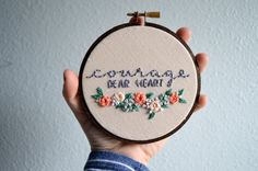Courage Dear Heart Embroidery Hoop Art par BreezebotPunch sur Etsy