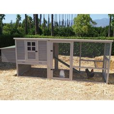 {Taylor Chicken Coop} if I had chickens, this'd be their room :)