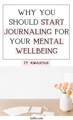Are you aware of all of the incredible benefits of journaling? I've outlined 17 of the benefits of journaling. These benefits encompass improving your mental health because it is a way to reduce stress. Journaling is one of the best stress activities, in my opinion. Mental Health Journal, Mental Health Resources, Mental Health Matters, Holistic Nutritionist, Holistic Wellness, Wellness Tips, Journal Prompts, Journal Ideas, Journals