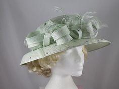 faf56d035f907 13 Best Mother of bride images | Fascinators, Wedding hats, Wedding ...