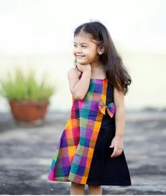 62 Ideas Baby Dress Summer Fashion For 2019 Kids Dress Wear, Kids Gown, Baby Frocks Designs, Kids Frocks Design, Girls Frock Design, Baby Dress Design, Frocks For Girls, Little Girl Dresses, Kids Blouse Designs