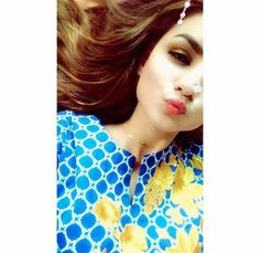 Dp. AsMa Mujeer Cute Baby Girl Pictures, Cute Girl Pic, Cute Girls, Amazing Dp, Mehndi Designs For Fingers, Girls Dp Stylish, Photography Pics, Girls Dpz, Snapchat