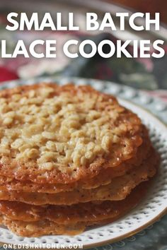 Lovely Florentine Lace Cookies - these delicate, crisp lace cookies are easy to make and incredibly delicious! These thin cookies are a holiday favorite and this small batch cookie recipe yields 4-5 cookies. Lace Cookies, Apple Pie, Desserts, Food, Tailgate Desserts, Deserts, Essen, Postres, Meals