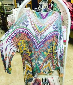 A tunic in a style of all for all . Small - 3x