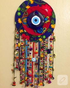 This Pin was discovered by Ese Bead Crafts, Diy And Crafts, Arts And Crafts, Wall Ornaments, Felt Baby, String Art, Craft Gifts, Wind Chimes, Dream Catcher