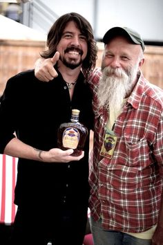Dave Grohl and Seasick Steve - wow I love these men