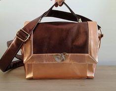 Tatoume sur Instagram: Me voilà lancée dans les accessoires, et avec de si beaux patrons, comment ne pas prendre du plaisir ? . Je vous présente mon nouveau sac…
