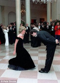 Princess Diana dances with John Travolta at the White House. Pictures of 24-year-old Diana at White House gala show princess looking nervous in front of stars. Photographs of Princess Diana in Washington D.C. in September 1985. Diana, then 24, looks unsure of herself in images taken by Pete Souza. Dances with Clint Eastwood, Tom Selleck and President Ronald Reagan