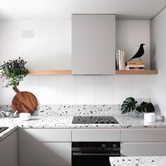 Try the trend: Terrazo in the home. The forgotten flooring of the is brightening up ceilings, countertops and everything in between. Kitchen Interior, Kitchen Furniture, Modern Home Interior Design, Kitchen Space, Kitchen Trends, Kitchen Remodel, New Kitchen, Home Interior Design, Kitchen Design