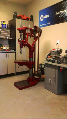 Hoefer Mfg 13 Drill Press restored  from GarageJournal